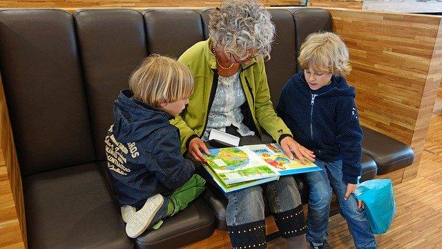 Chůva pro děti do zahájení povinné školní docházky (kód: 69-017-M)
